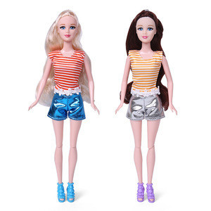 Factory Supplying Wholesale Gifts for Kids 11.5 inch Plastic Fashion Girl Dolls with Pet Dog