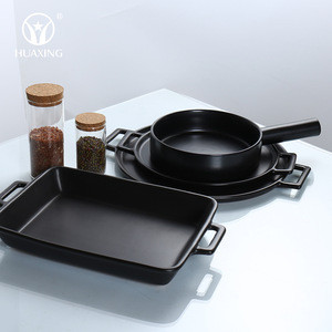 Microwave oven safe bakeware sets mat black ceramic baking tray dishes for kitchen