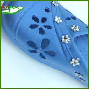 2015 Blue summer cheap slippers bathroom with bead designs EGA0302-08 three flowers mould