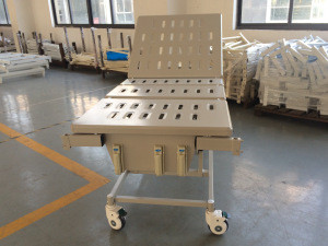 YC-3618L Warranty 2 years factory supply directly 3 cranks manual crank bed hospital equipment from China hospital bed