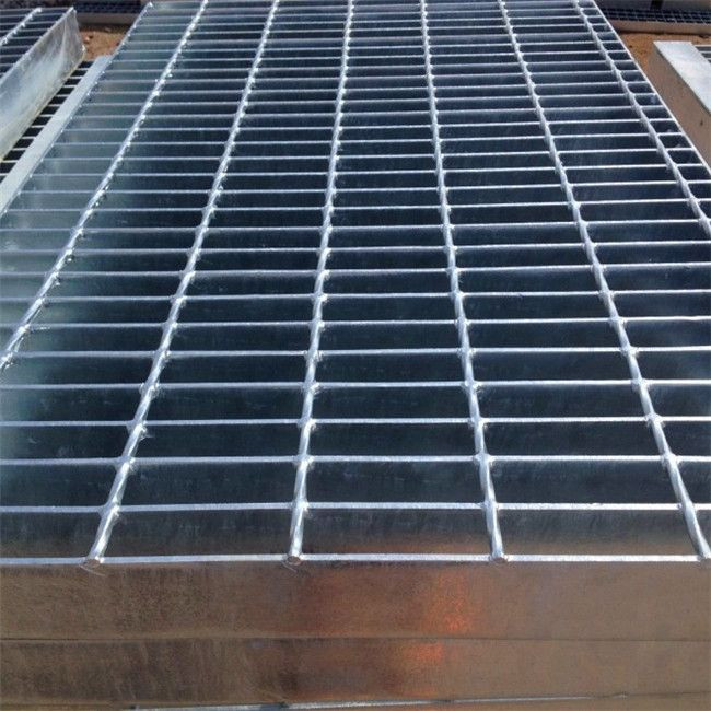 Hebei High quality 32*5 Hot Dipped Galvanized trench grating serrated/flat/I-type for sale