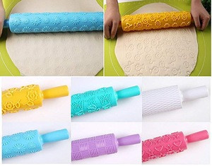embossing rolling pins engraved with designs for Fondant Pastry and Clay