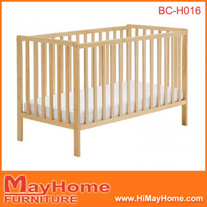 2016 high quality cheapest solid pine wood baby cot / baby crib / baby bed