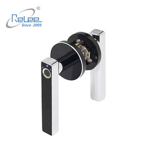 New Design Factory Sale Electronic Smart Biometric Fingerprint Door Lock for Home with Handle