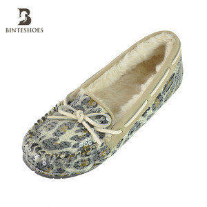 Outsole TPR fur lined moccasin suede shoes for men