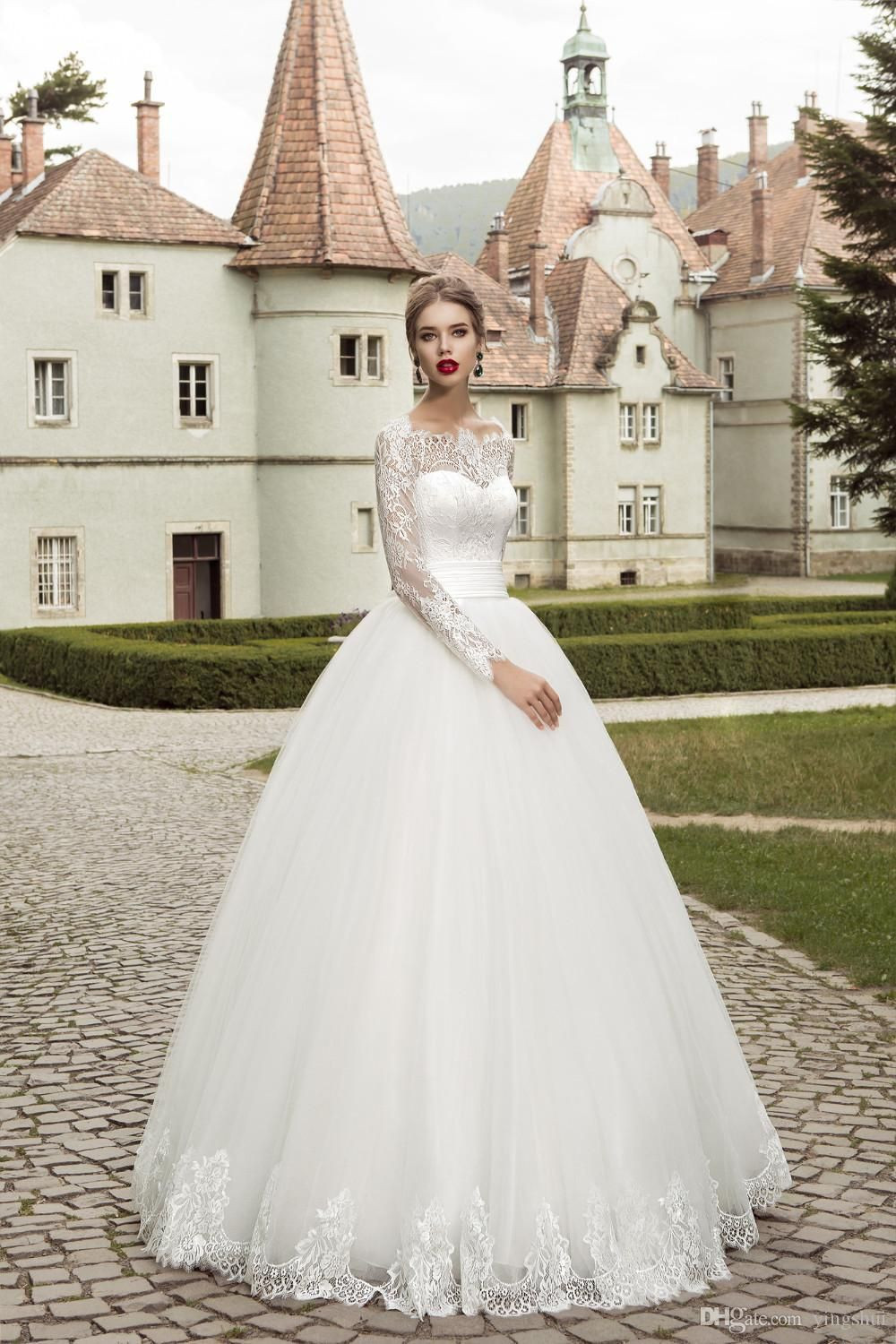 Gorgeous Boat Neck Wedding Dresses with Long Sleeves A-line Tulle Lace Gowns For Bridal Vestidos de Novia