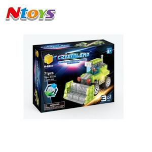 3IN1 Construction Truck Building Blocks with Led Light Included 2xAG3batteries 71pcs bricks