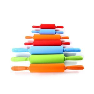 Wholesale factory price easy to clean silicone rolling pin