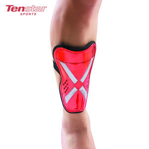 Factory Directly carbon fiber sports soccer,football shin guards