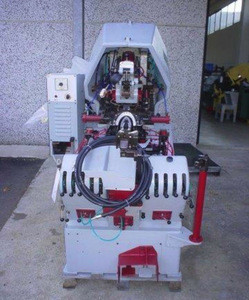 Toe lasting machine MOLINA e BIANCHI SINCRON 4/ Premontatrice MOLINA e BIANCHI SINCRON 4