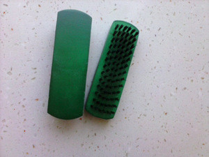 Wholesale green color Maple wooden made shoes brush