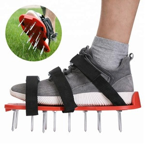 5.5cmx13pcs spiked Garden Lawn Aerator Spike Shoes with 3 straps with zinc alloy Buckles