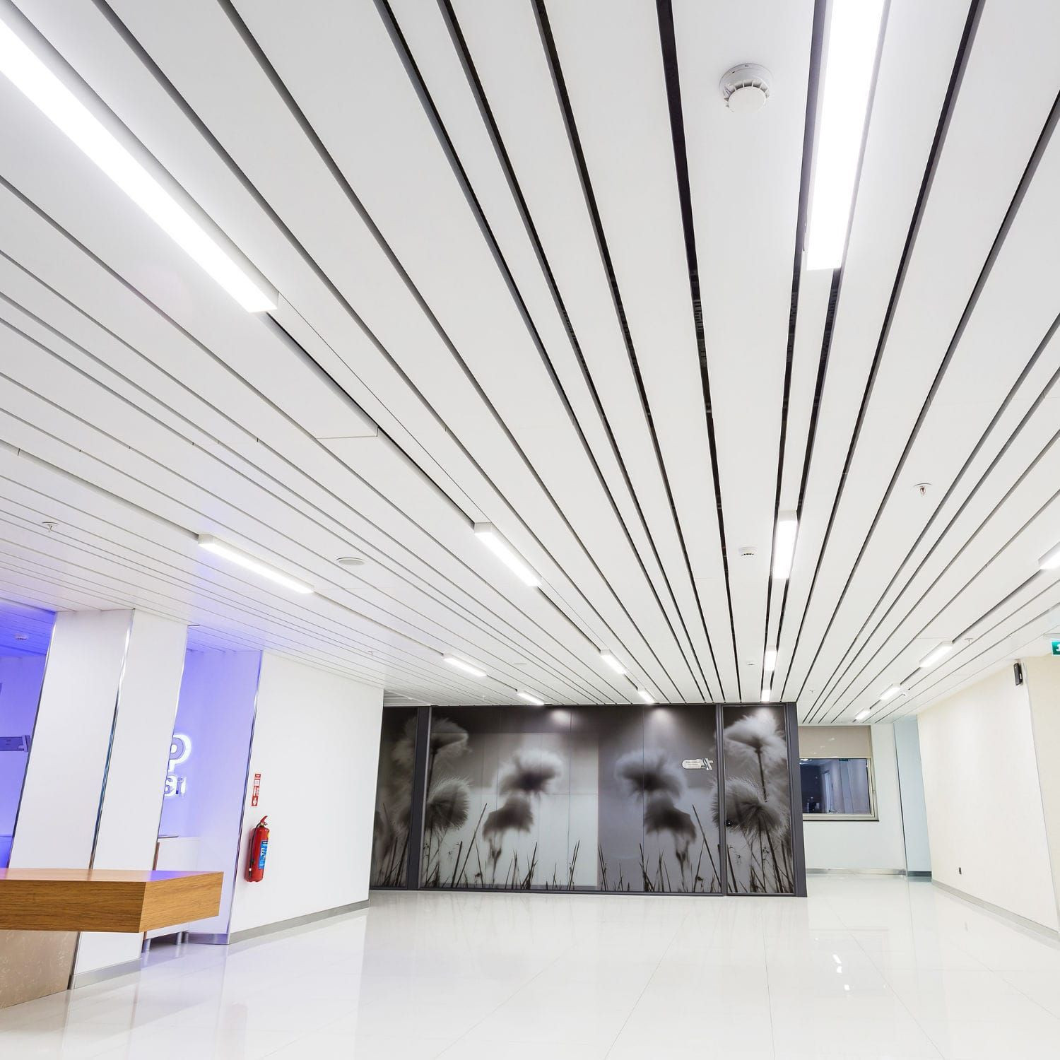 Aluminium C strip ceiling