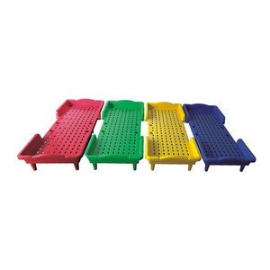 2020 fashion customized colorful preschool plastic kids bed for children