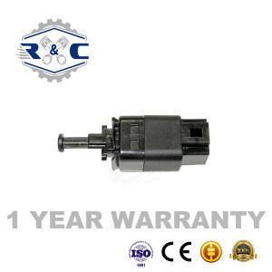 R&C High Quality Auto brake lighting switches 96436331 For Daewoo Chevrolet GM Aveo Buick car braking light switch