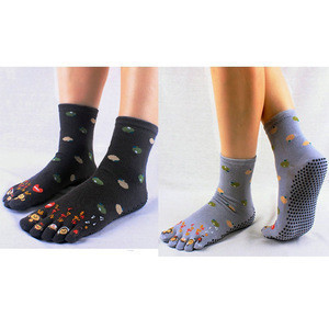Wholesale non slip cartoon tube Silica Gel Five Toe yoga sock
