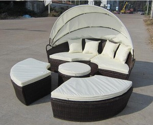 Hot sell outdoor patio rattan round sun bed lounge garden set