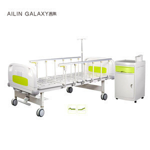 Two cranks medical icu manual hospital bed with central control