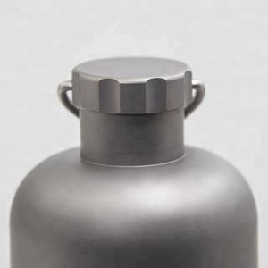 Food Grade 600ML Titanium bottle  With outdoor camping hiking tableware