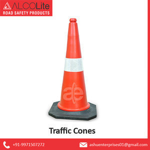 High Quality Plastic Made Road Traffic Safety Cones