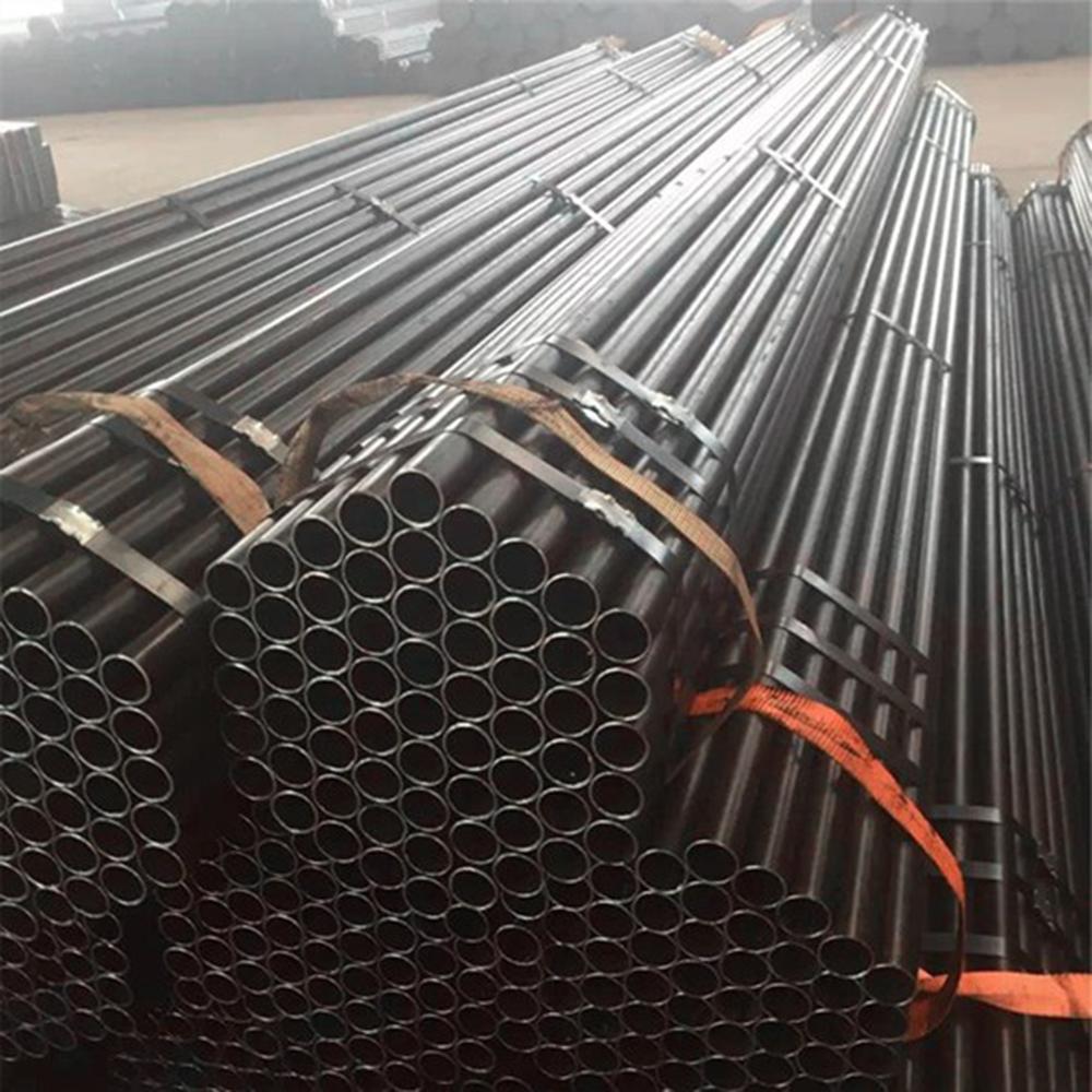 Steel pipe / tube