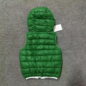Wholesale winter warm childrens down vests green style print style boy's sport vest children hooded vest boys casual thick vest