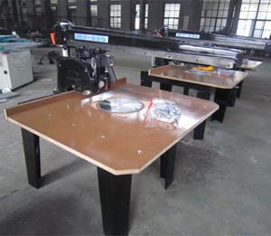 Woodworking saw machinery / Radial arm saw