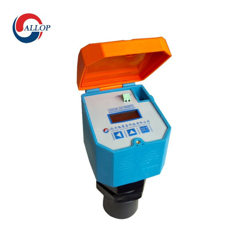 Ultrasonic water level meter