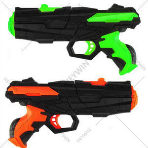 KIDS present Blaster Toy Gun with 2PCS Refill Soft Foam EVA Darts for Kids 400pcs water beads Hand Gun Blaster Gun Toy (HB02)
