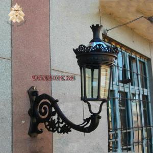 Factory supply sale creative black iron light iron wall lamp for villa garden decoration