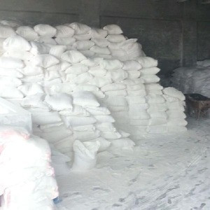 High Quality 96% Whiteness White Talc lumps /powder/stones/orefor sale