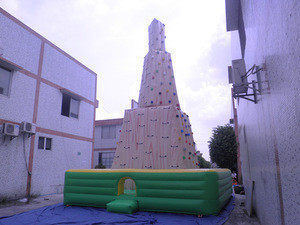 Hot Sale Stimulating Simulated Extreme Motion Outdoor Adults Inflatable Rock Climbing Walls