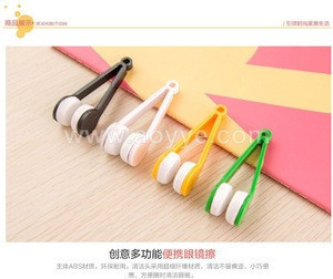 Wholesale multifunctional multicolor portable glasses wipe spectacles cleaning glasses wiper cloth clean wipe tools