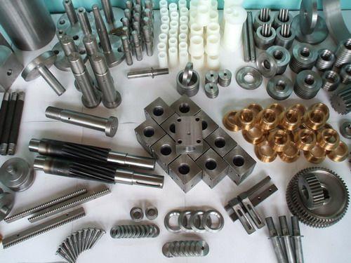 Gears with internal teeth; gear block