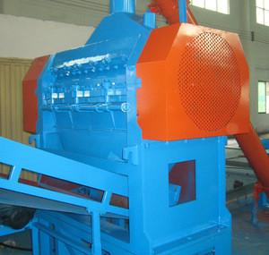 Waste scrap tire rubber crumb granules rasper granulator machine