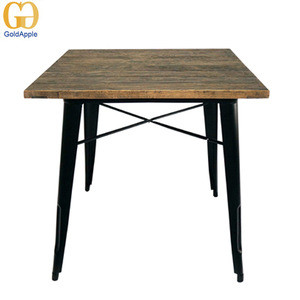 Outdoor Garden Wooden Table In Galvanized Finish 101t