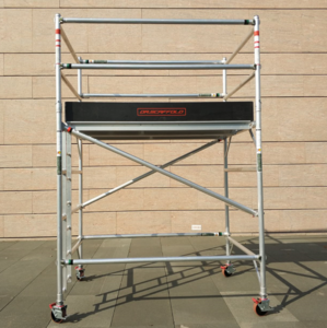 2m height Guard Rail and Trapdoor Platform Mobile Aluminium Scaffolding Double Width Rolling Tower