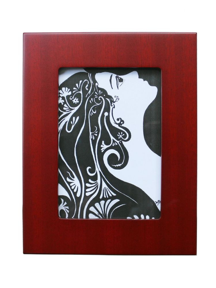 Wooden photo/picture frame
