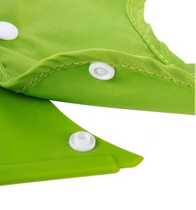 Hook and loop silicone waterproof baby bibs detachable with stereo pocket meal bib feeding