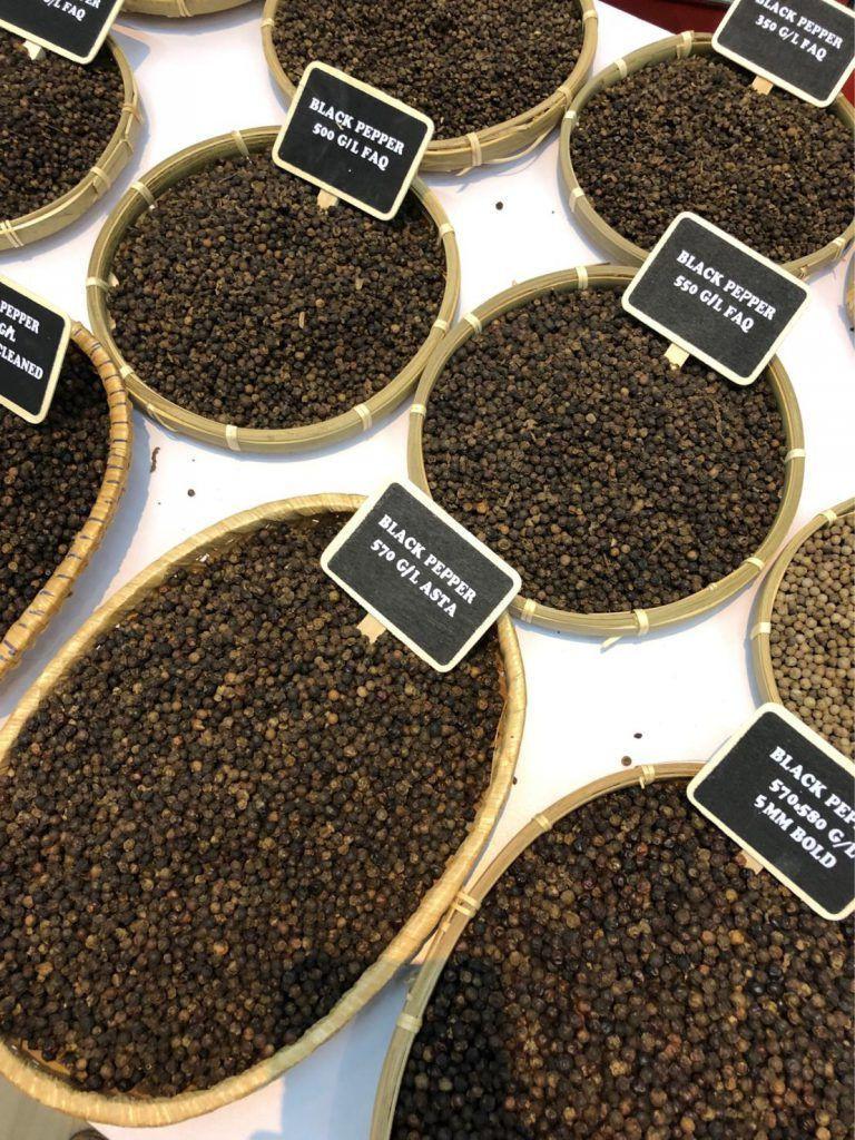 Quality PENJA Black/White Pepper