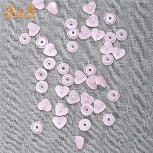 Heart shape plastic snap clip button fastener 4 part buttons for garment good quality