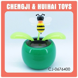 Swing leafs bee shape cute solar dancing toys decoration for sale