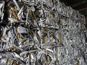 Aluminum Extrusions and 6063 Aluminum UBC Scrap in Bales