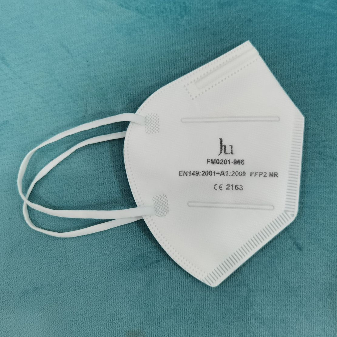 High Quality KN95 Face Mask with FFP2  printed on Mask with CE certificate