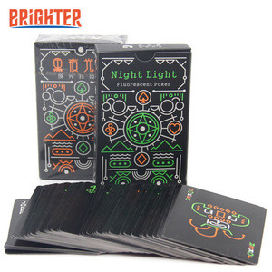 PC085 New Glow in Dark Playing Cards