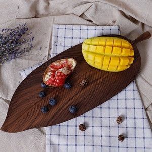 Hot sale leaf veins walnut sushi wood plate