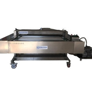 Automatic continuous transmission belt type vacuum packing machine for meat fish snack
