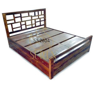Honey Teak Finish Solid Wood Handcrafted Hotel Resort Bed Design For Hospitality & Commercial Space