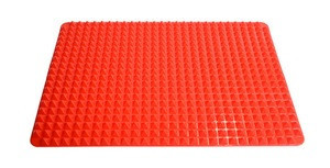 Pyramid silicone BBQ pad multi-functional baking tray
