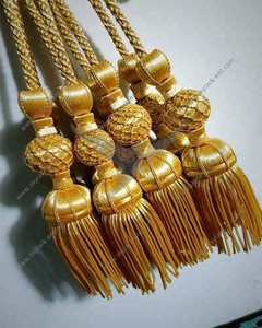 Holyweek gold tassels